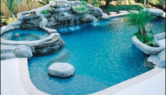How To Deal With Salt Water Pool Problems - Pool University