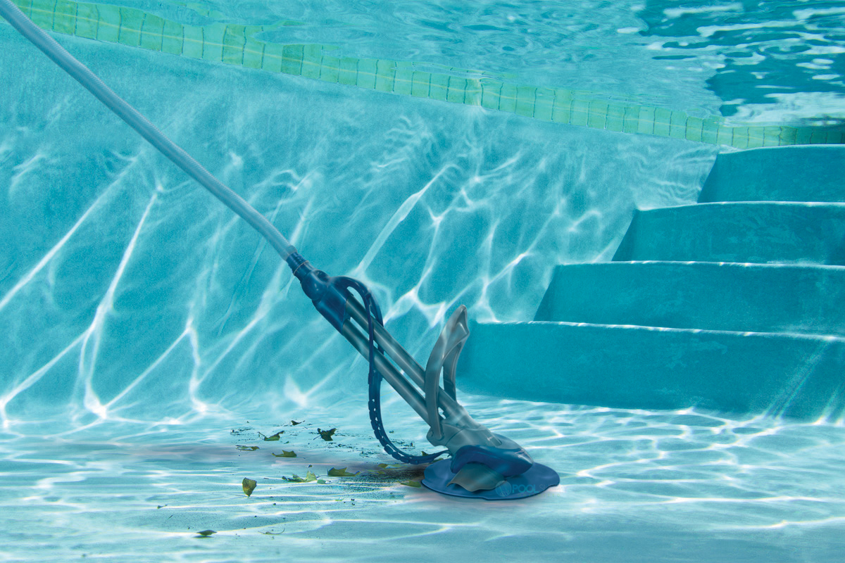 How to Vacuum a Pool? Swimming Pool Maintenance Basics ...