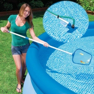 Pool Cleaning How To Vacuum Your Pool Properly